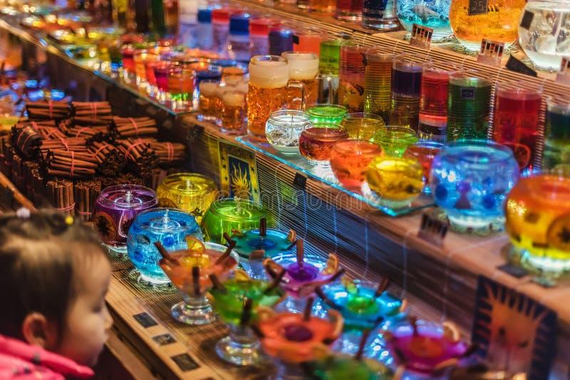 La Navidad Jelly Glass Candles en escaparate fotos de archivo libres de regalías