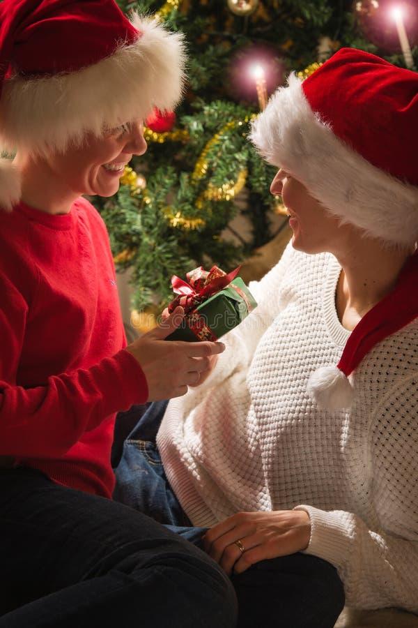 La Navidad junto fotos de archivo libres de regalías