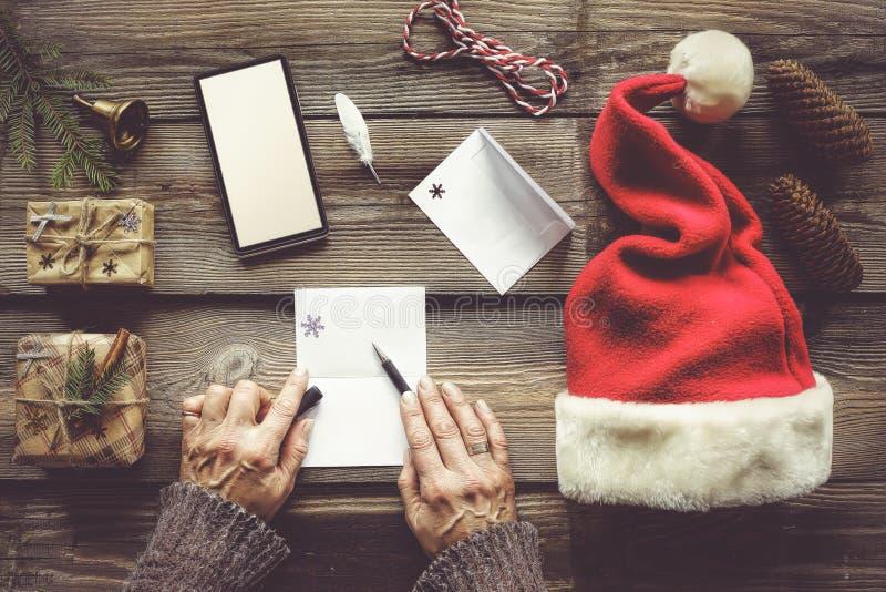 La Navidad mágica, suéter del invierno, artículos del regalo del ` s del Año Nuevo, Sant imagen de archivo