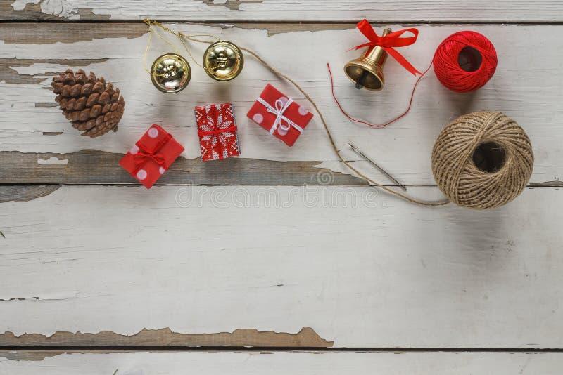 La Navidad, sistema de los artículos, artículos para crear los regalos de la Navidad imágenes de archivo libres de regalías