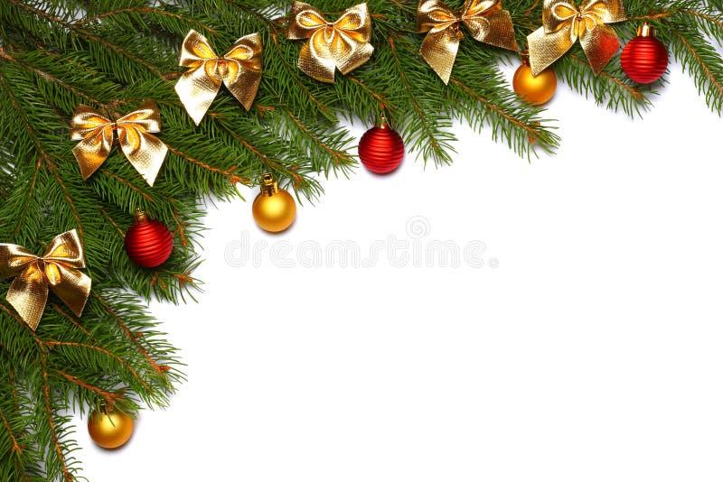 La Navidad Visión superior con el espacio de la copia árbol de abeto con el cono aislado en el fondo blanco fotografía de archivo libre de regalías