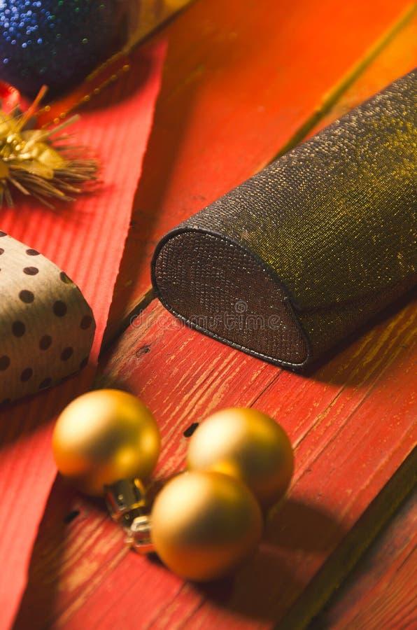 La Navidad y días de fiesta presentes imágenes de archivo libres de regalías