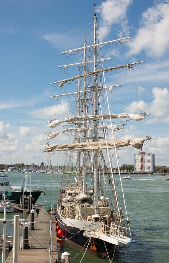 La navigation embarquent Lord Nelson à Portsmouth, Angleterre photos libres de droits