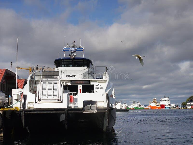 La Norvegia Bergen Wharf Brade Ferry Catamaran immagine stock