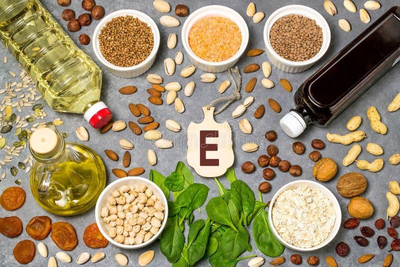 La nourriture est source de la vitamine E photographie stock