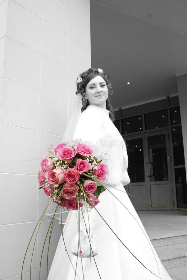 La novia con un ramillete fotos de archivo libres de regalías