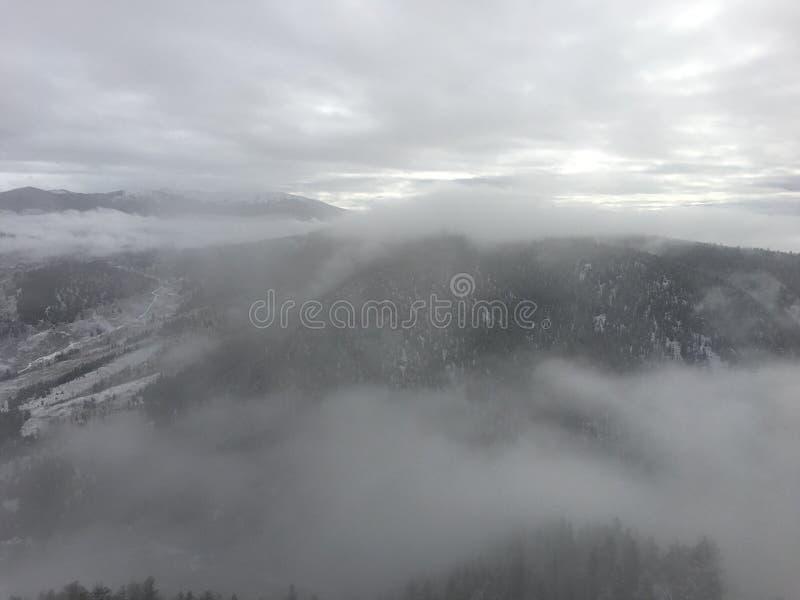 La nube asume el control imagen de archivo libre de regalías