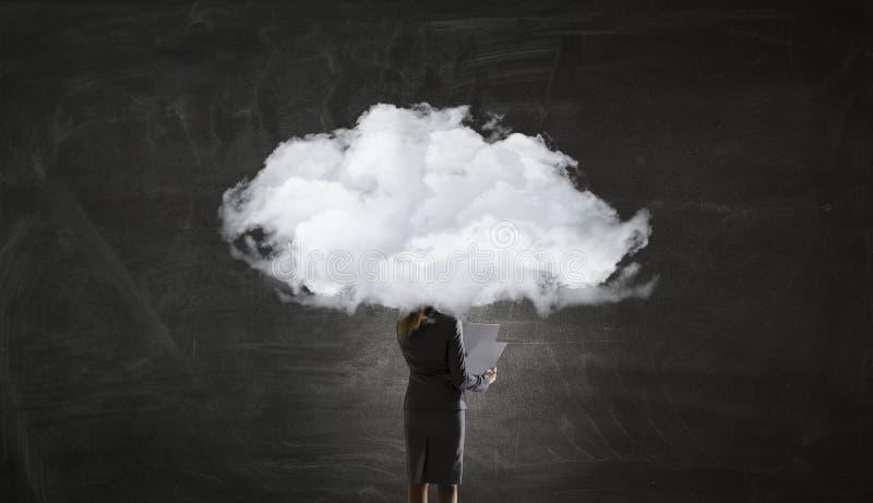 La nube dirigió a la mujer foto de archivo libre de regalías