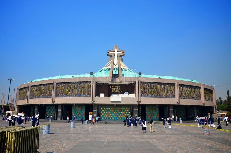 La nueva basílica de nuestra señora de Guadalupe, México foto de archivo