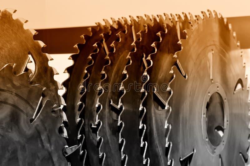 La nueva circular industrial moderna vio discos Brown entonó imagen de archivo libre de regalías