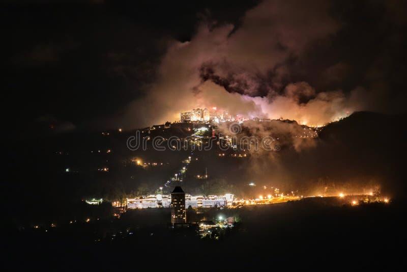 La nuit, les Hautes-Terres du Genting images stock
