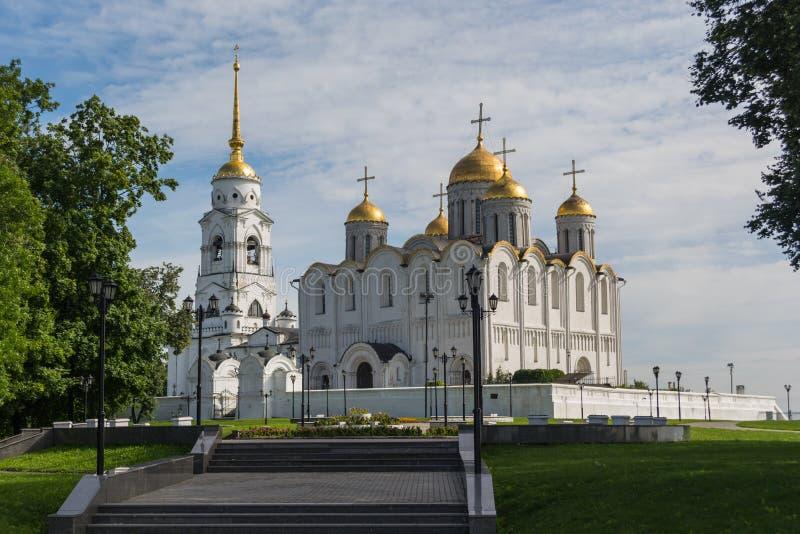 La nuit orthodoxe de supposition de rue de cathédrale de la supposition Cathedral image libre de droits