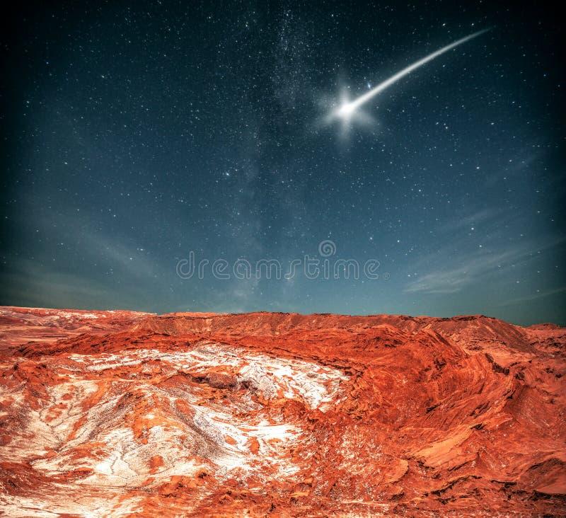 La nuit, sous la lumière des étoiles photographie stock libre de droits