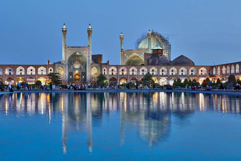 La nuit a tiré de la mosquée de Shah dans la place d'Imam, Isphahan, Iran photographie stock libre de droits