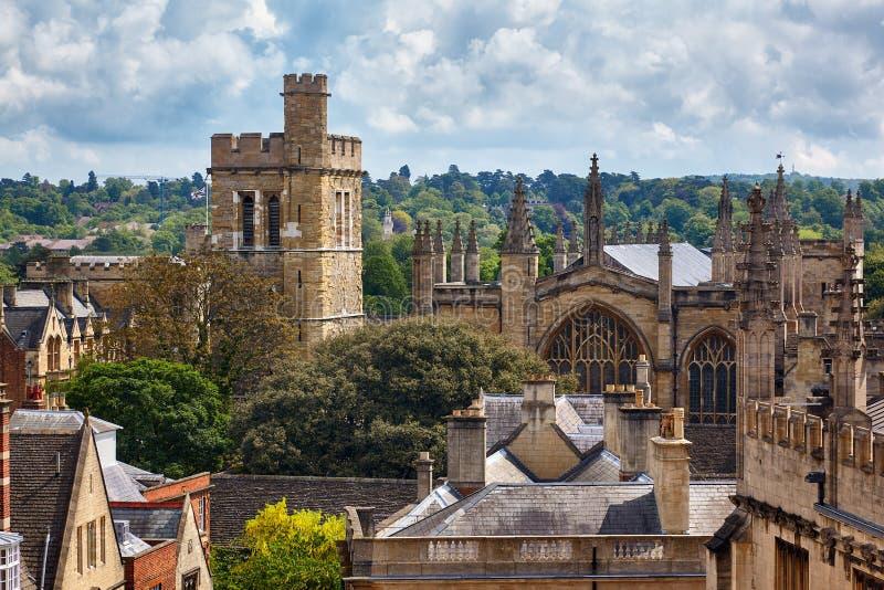 La nuovi cappella e campanile dell'istituto universitario Università di Oxford l'inghilterra fotografie stock libere da diritti