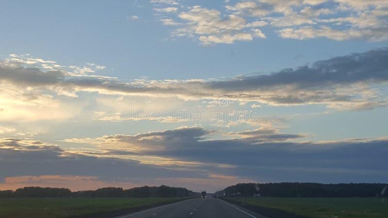 La nuvola gradisce un drago immagine stock