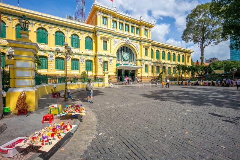 La oficina de correos central de Saigon, una oficina de correos en Ho Chi Minh City céntrico foto de archivo