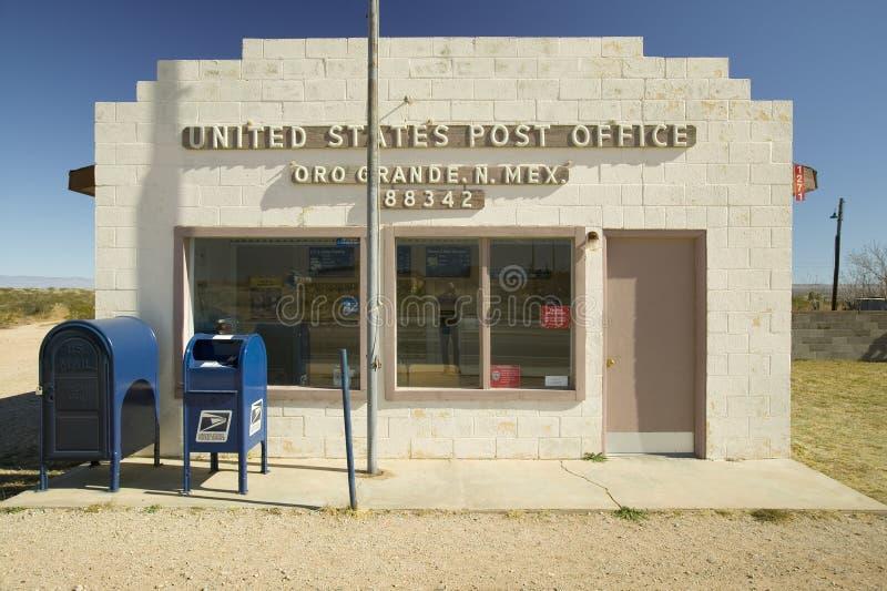 La oficina de correos de los E.E.U.U. en Oro grande imagen de archivo libre de regalías