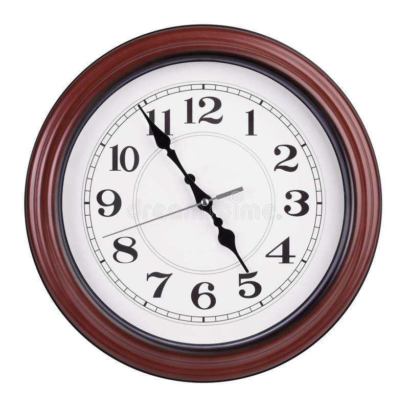 La oficina las veinticuatro horas del día muestra casi cinco horas fotografía de archivo libre de regalías