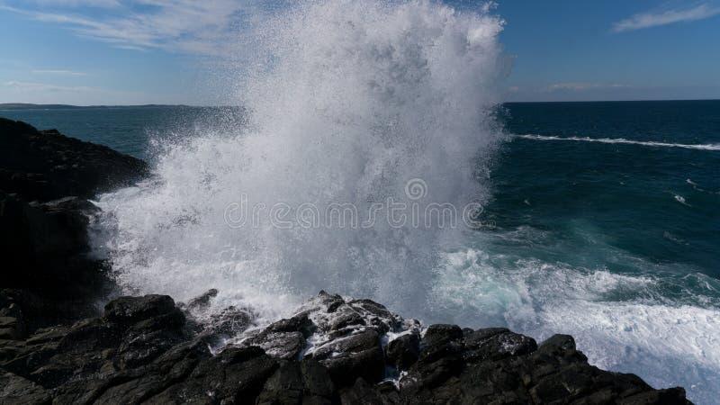 La onda que causa un crash imagen de archivo