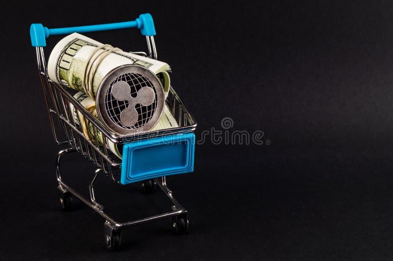 La ondulaci?n es una manera moderna de intercambio y esta moneda crypto es los medios del pago convenientes en el financiero fotografía de archivo