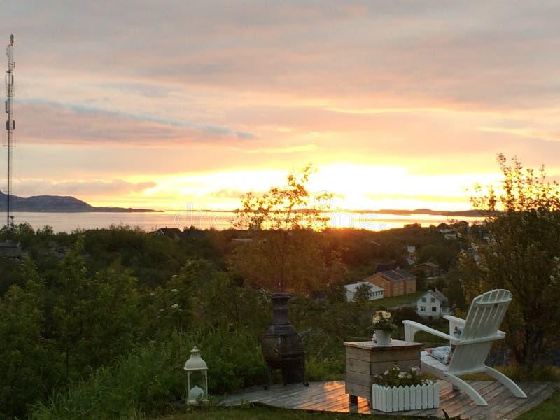La opinión de la puesta del sol de este punto es asombrosa imagen de archivo