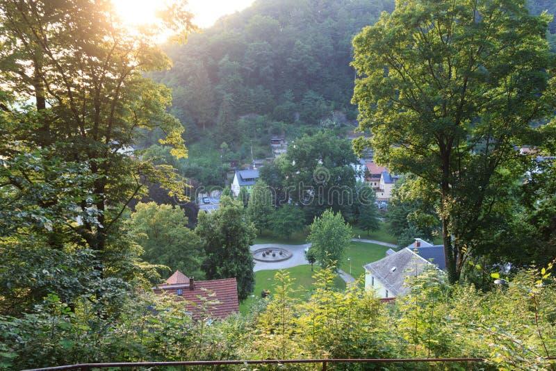 La opinión del panorama del balneario cultiva un huerto parque en mún Schandau, Suiza sajona imagen de archivo libre de regalías