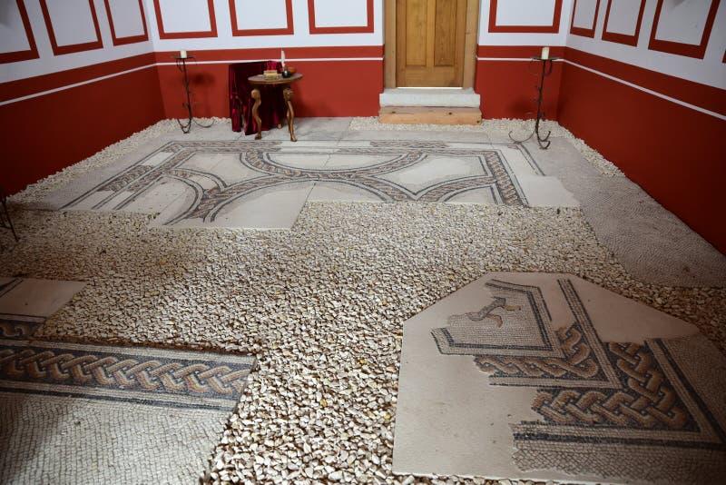La original preserv? el mosaico romano del piso fotos de archivo
