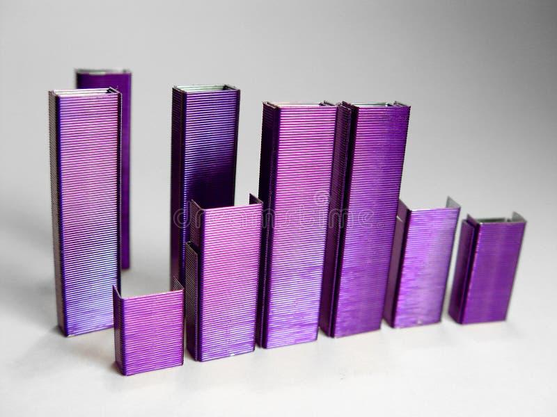 La púrpura abstracta sujeta con grapa II fotos de archivo libres de regalías