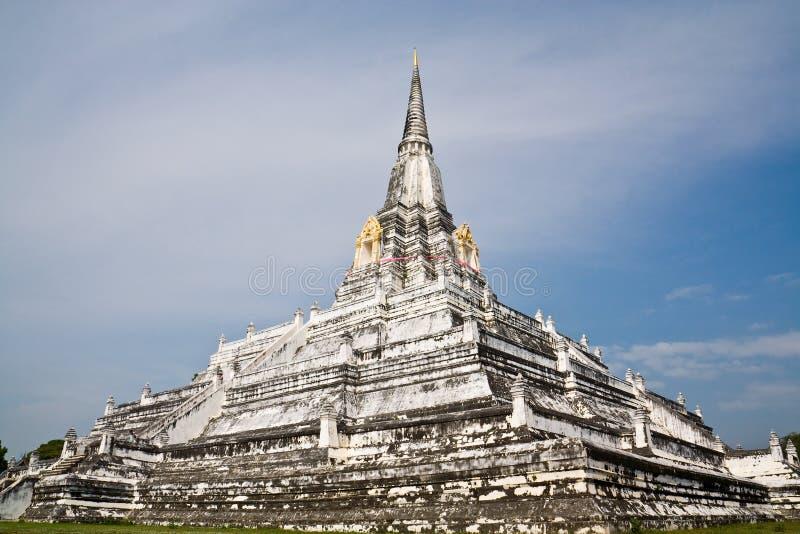 La pagoda carrée énorme images stock