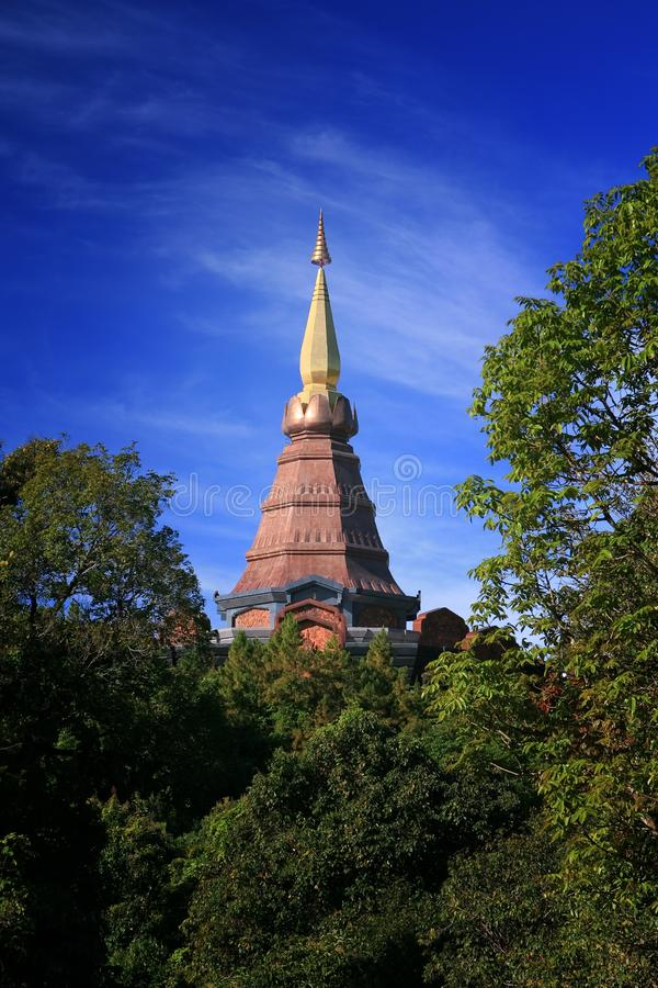 La pagoda d'or photographie stock