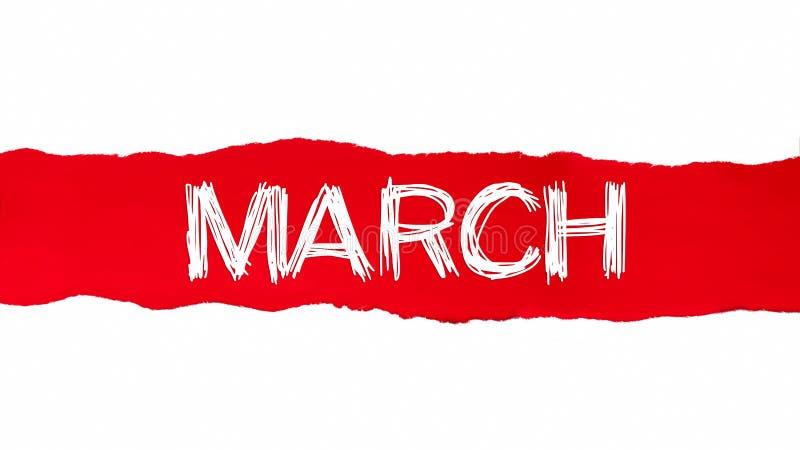 La palabra marzo que aparece detrás del papel rasgado rojo ilustración del vector