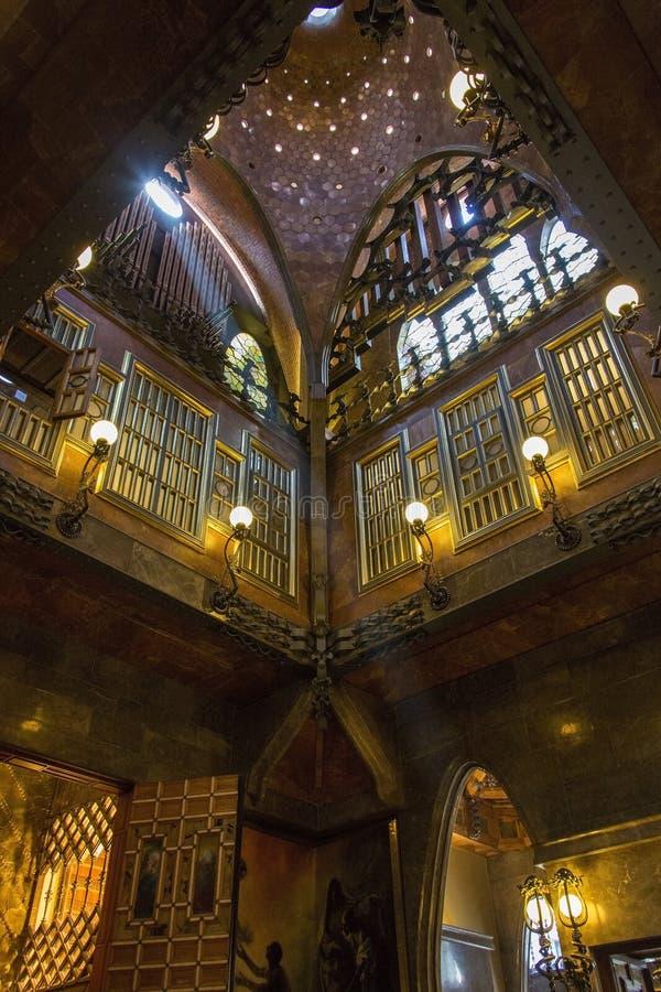 La Palau Guell - Barcelone - l'Espagne photos stock