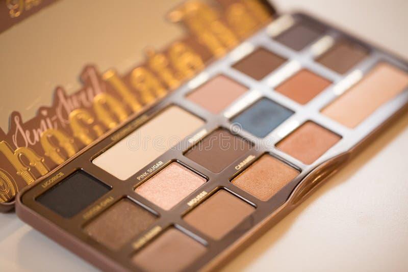 La paleta dulce también hecha frente de la sombra vendió por Sephora fotos de archivo libres de regalías