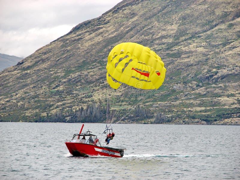 la Para-navegación fue aterrizada al barco fotos de archivo libres de regalías