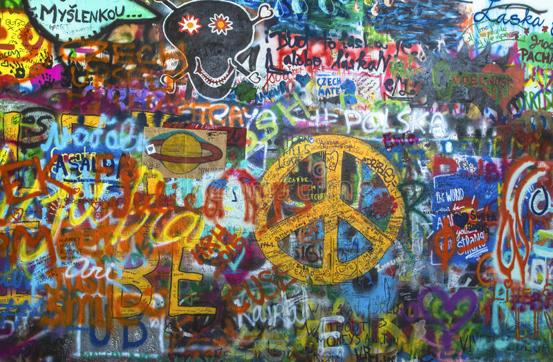 La pared de Lennon en Praga imágenes de archivo libres de regalías