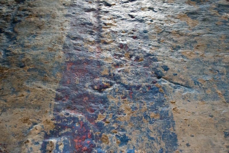 La parete del gesso di Olished - rappresentazione ha invecchiato il rivestimento - indossata & ha ammaccato col passare del tempo immagini stock