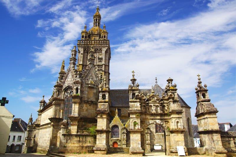 La parrocchia si chiude in San-Thegonnec. La Francia fotografia stock