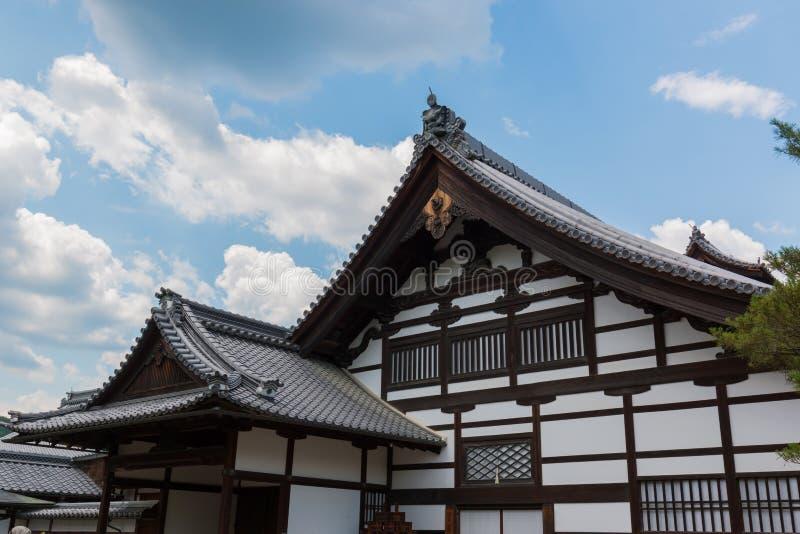 La parte anteriore di Kinkaku-ji è un tempio di Zen Buddhist a Kyoto, Giappone fotografia stock libera da diritti