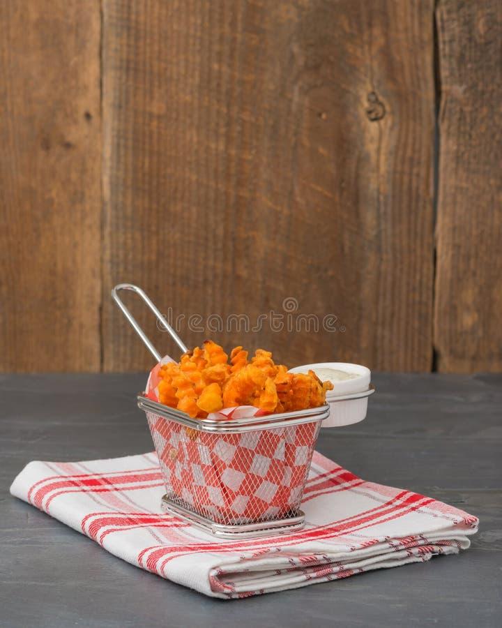 La patate douce fait frire le portrait photos libres de droits