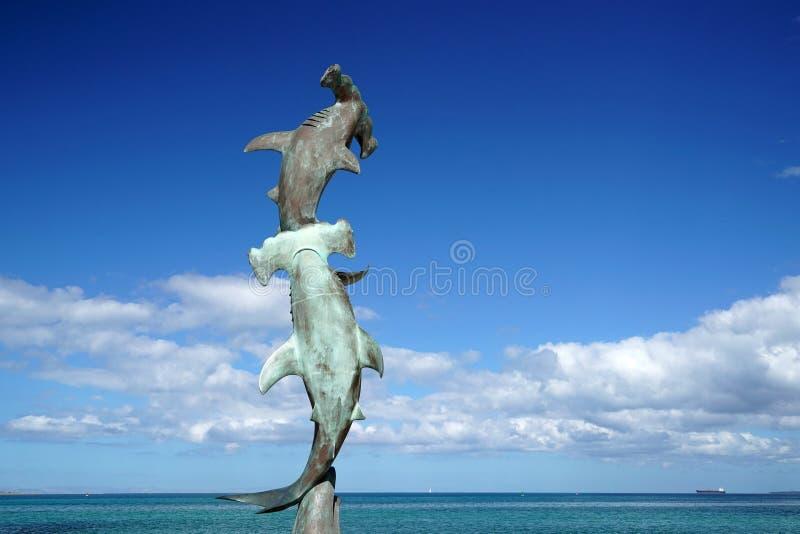 La La Paz Baja California Sur, spiaggia del Messico vicino alla passeggiata del mare ha chiamato Malecon ha martellato la statua  fotografie stock libere da diritti