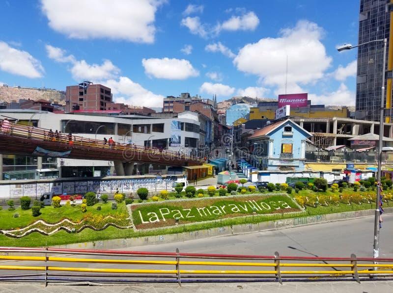 LA PAZ, BOLIVIË, DEC 2018: La Paz, de straten van Bolivië in stadscentrum stock foto
