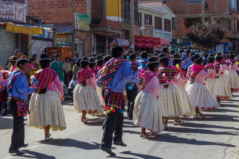 La Paz Bolivia de Mallasa - 2 février 2014 : Traditionnellement habillé image stock