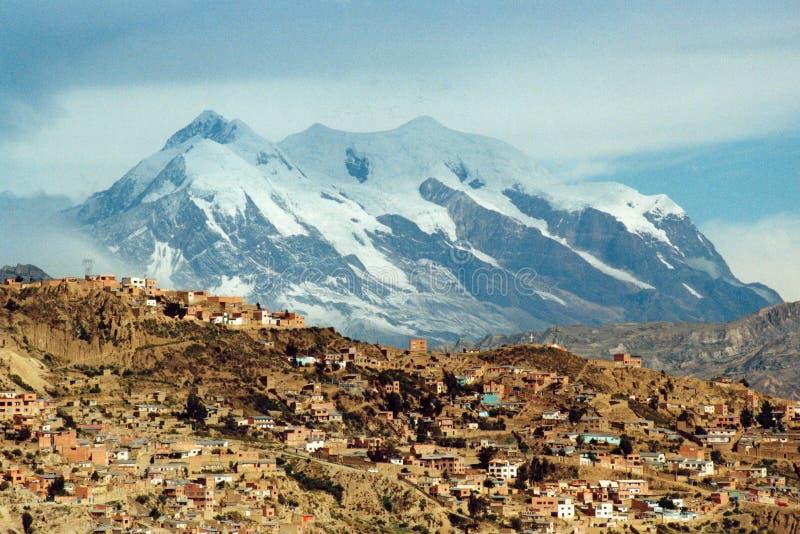 Montagne de La Paz et d'Illimani images libres de droits