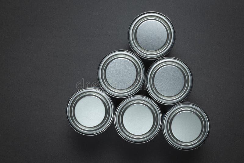 La peinture métallique étame la disposition sur le gris photos libres de droits