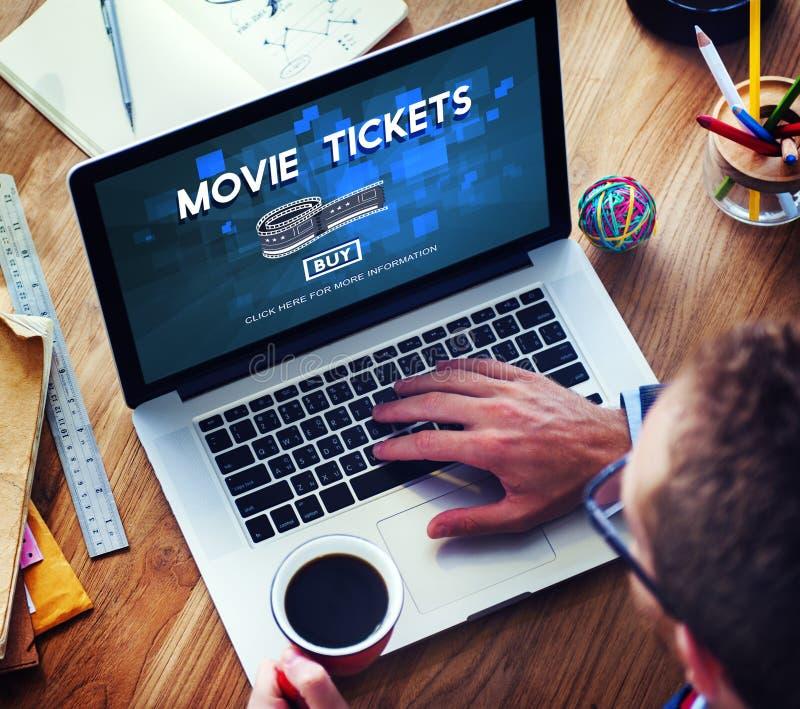 La película marca concepto del teatro del cine de la audiencia de las noches foto de archivo libre de regalías