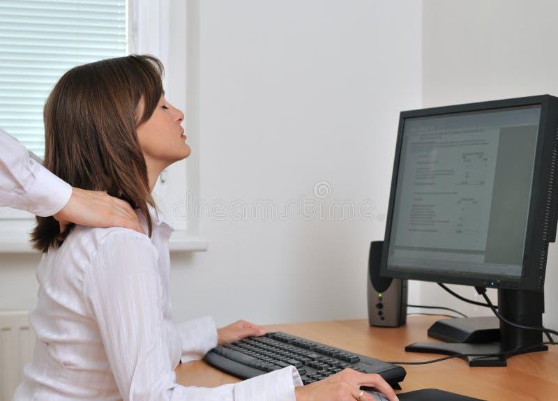 La persona del asunto recibe masaje fotos de archivo libres de regalías