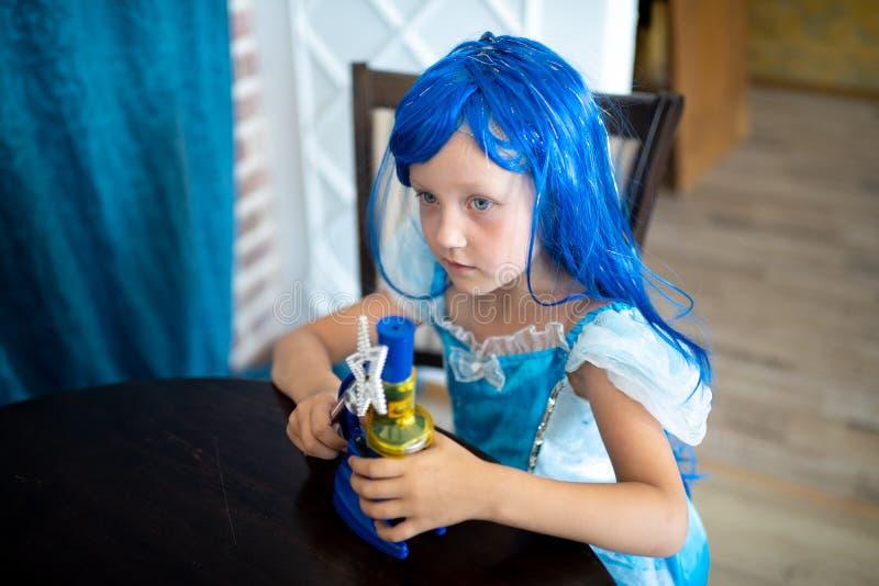 La petite fille de sirène images libres de droits