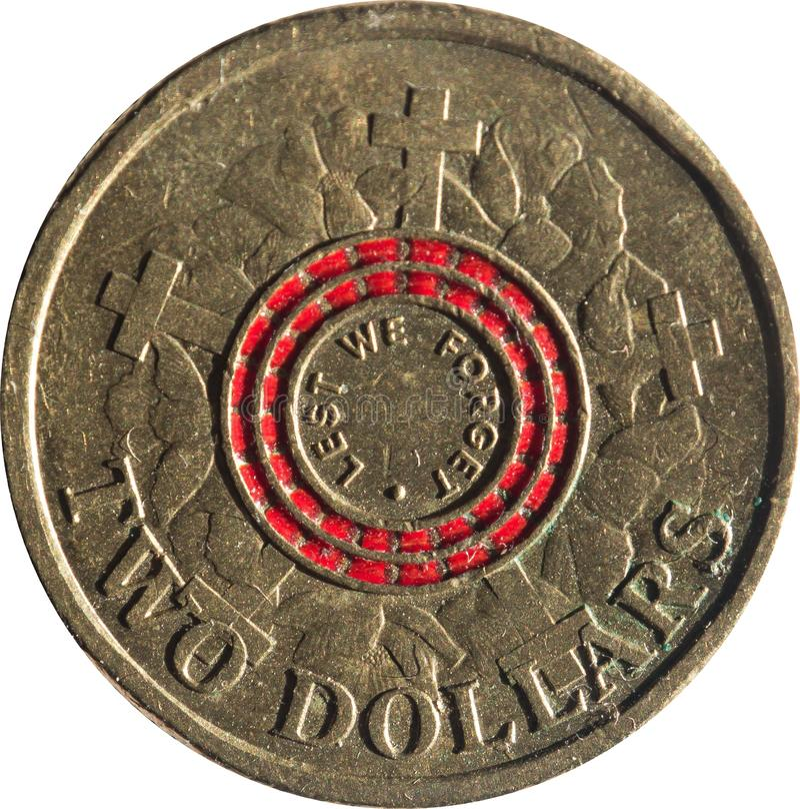 La pièce de monnaie en cuivre australienne des deux dollars commémorant 100 ans depuis les atterrissages d'Anzac Cove, inspirés p photo libre de droits