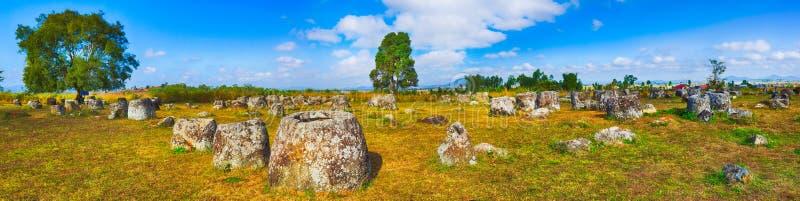La pianura dei barattoli laos Panorama fotografia stock libera da diritti